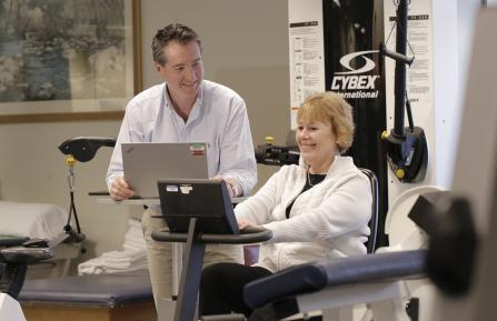 Outpatient rehabilitation with therapist and patient